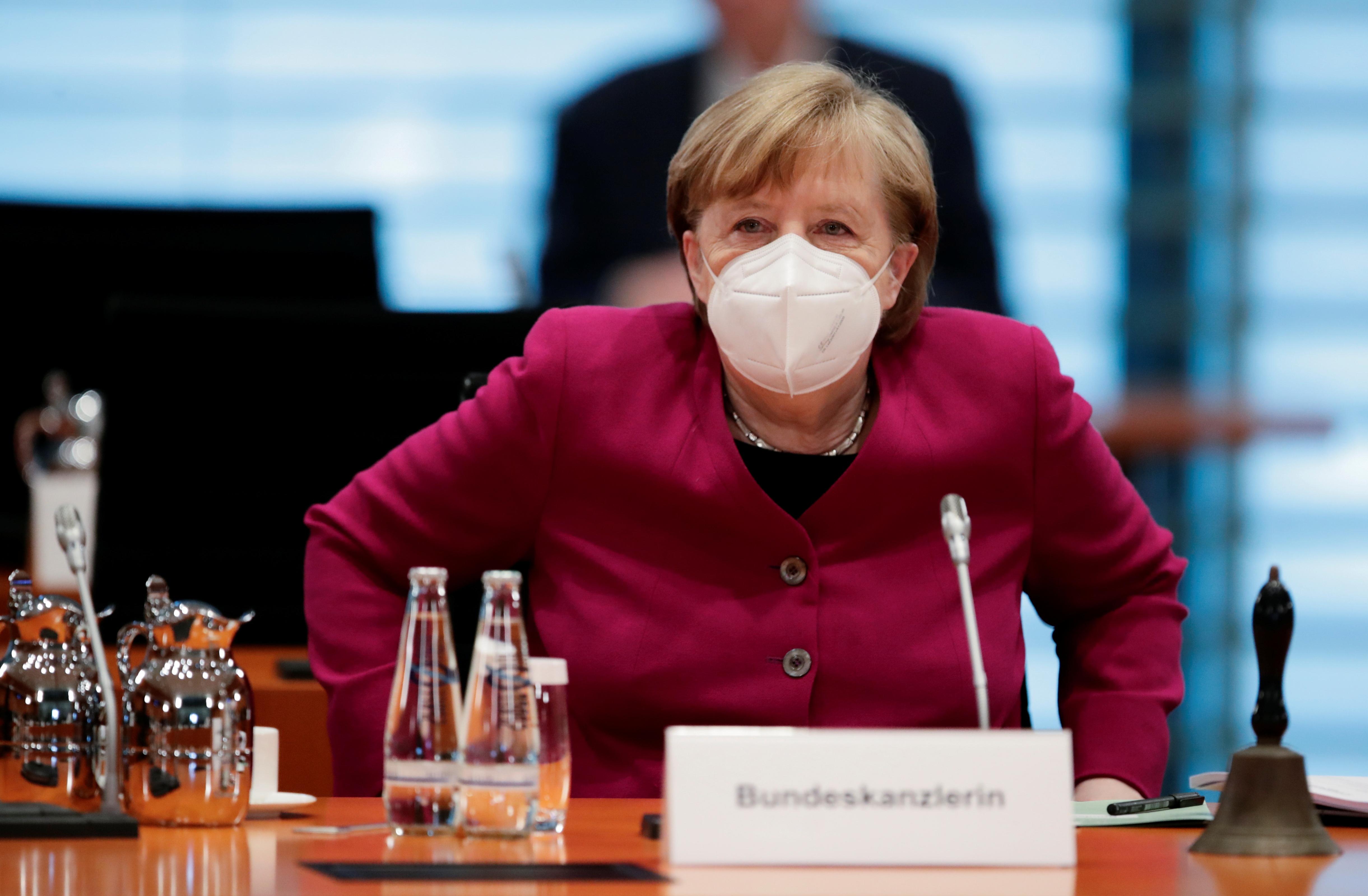 Merkels Notbremsen-Gesetz durchgesickert: Frühere Ausgangssperren, Friseure auf der Kippe - der Überblick